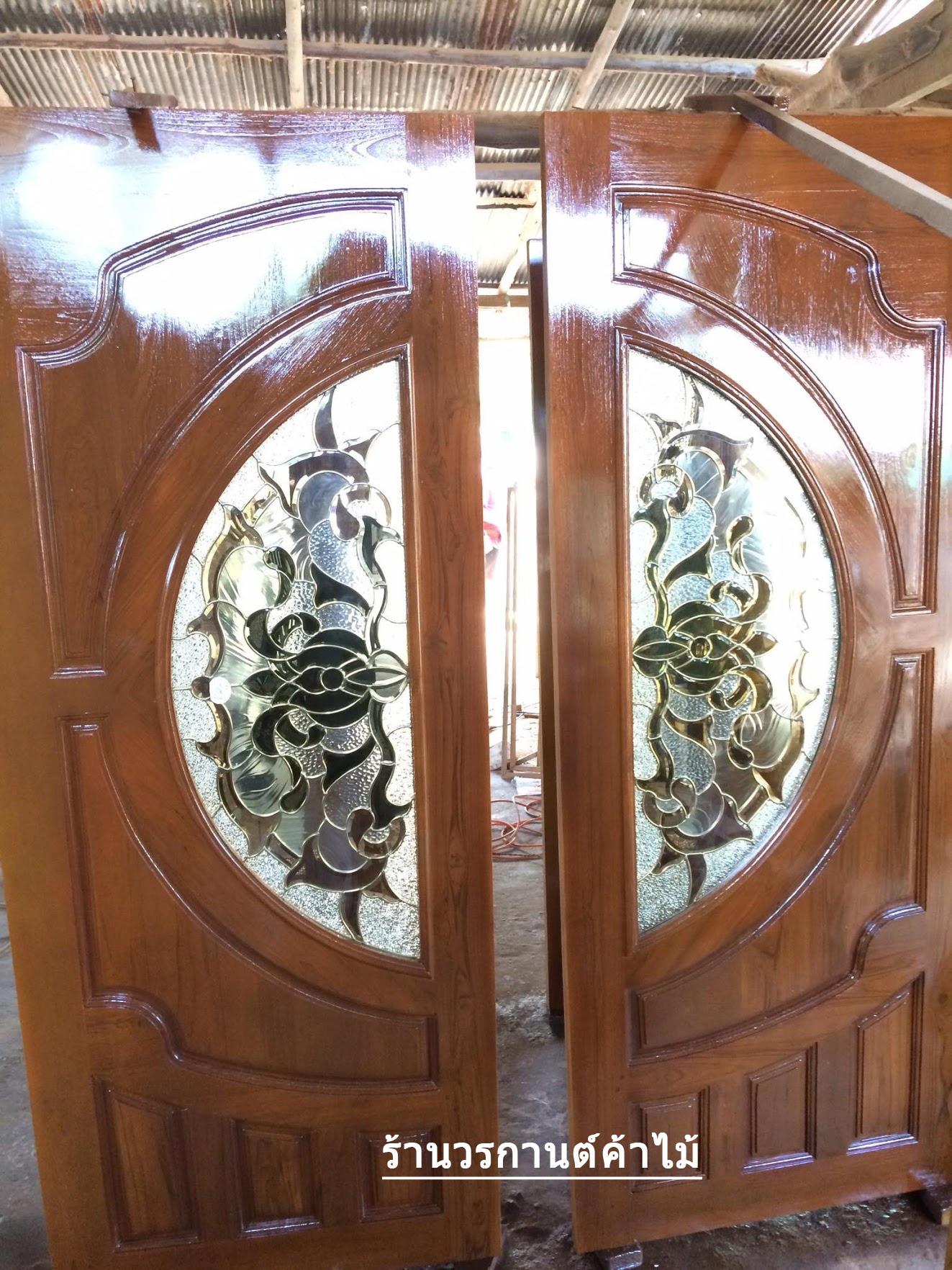 ประตูไม้สักกระจกนิรภัย แตงโม เกรดA รหัส A62