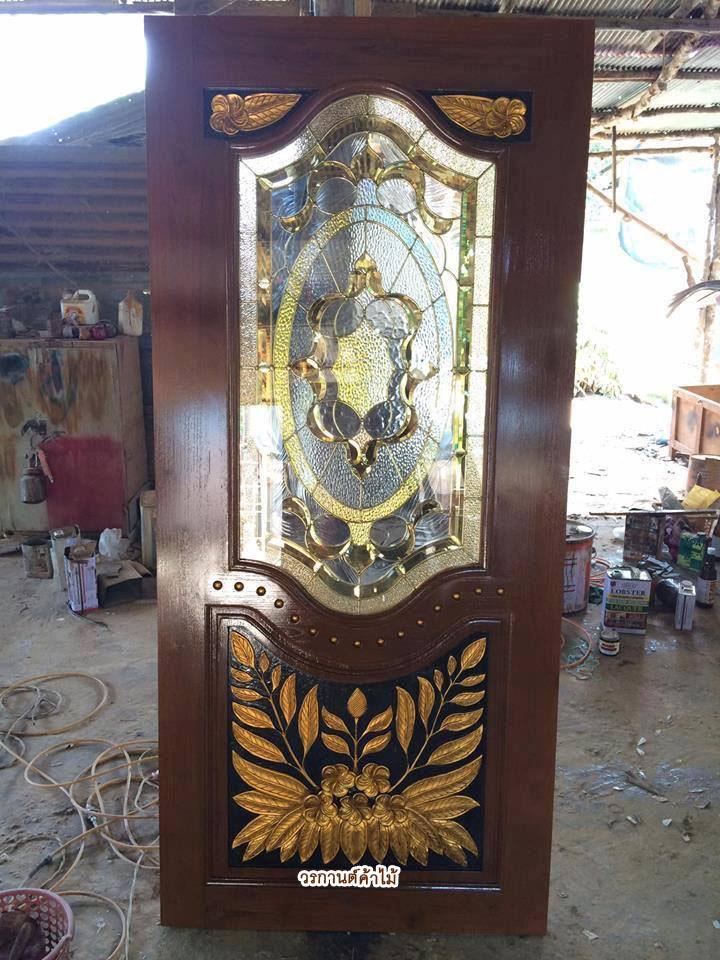 ประตูไม้สักกระจกนิรภัย แกะดอกไม้แต้มทอง เกรดA รหัส A32