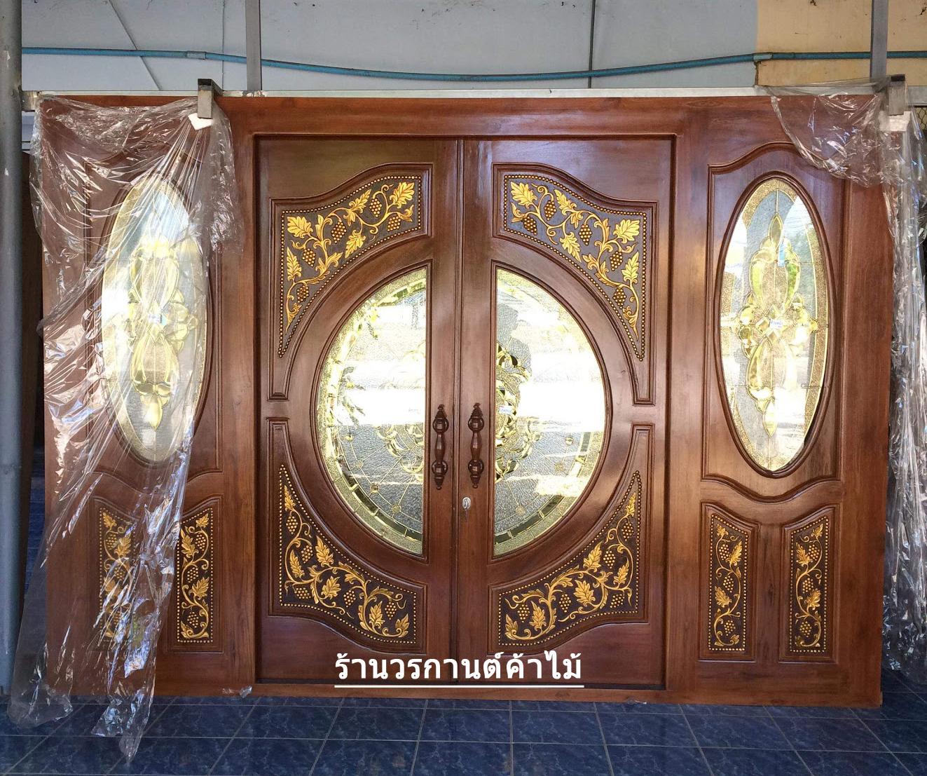 ประตูไม้สักกระจกนิรภัยบานเลื่อนแกะองุ่น ชุด4ชิ้น รหัสAAA21
