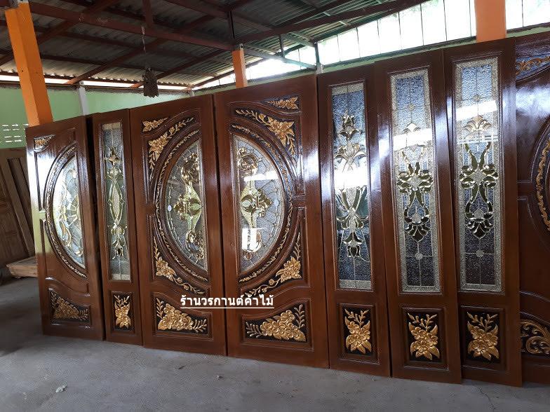 ประตูไม้สักกระจกนิรภัย แกะดอกไม้ เกรดA รหัส AAA71