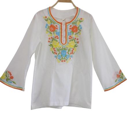 เสื้อวินเทจ เสื้อปัก ( MADE IN PHILIPPINES)