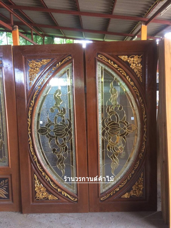 ประตูไม้สักกระจกนิรภัยแตงโมเต็มบาน แกะดอกไม้ เกรดA รหัส A10