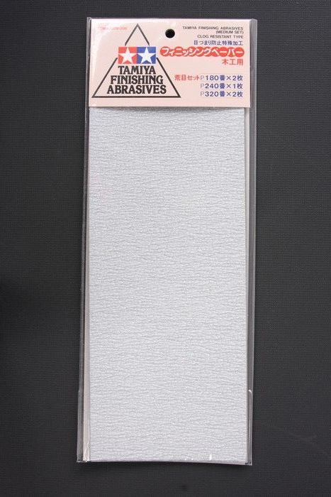 TAMIYA Finishing Abrasives (Medium Set) P180x2pcs / P240x1pcs / P320x2pcs 87009