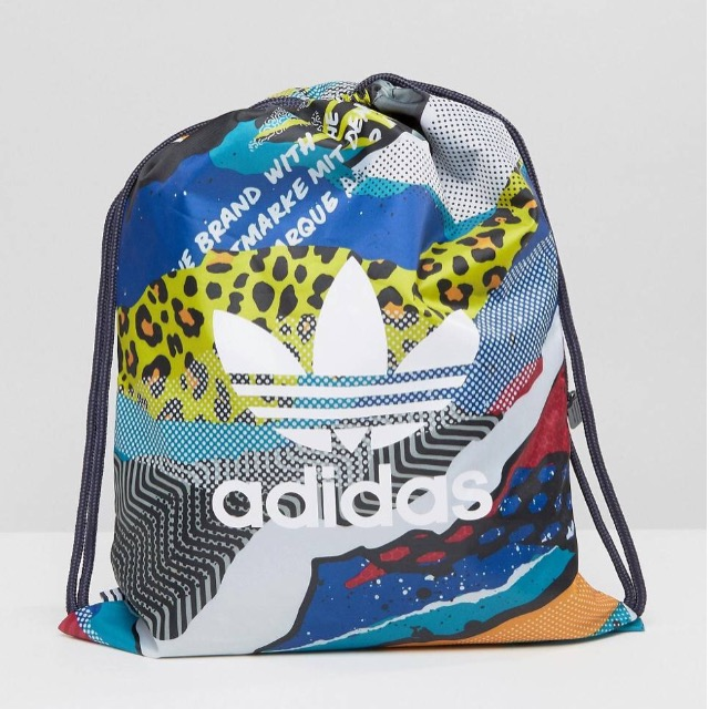 กระเป๋าเป้สะพายหลัง เชือกรูด จาก ADIDAS Mluti Print
