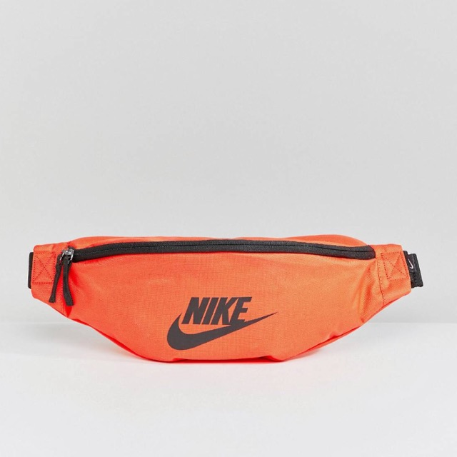 Nike Heritage Bumbag In RED